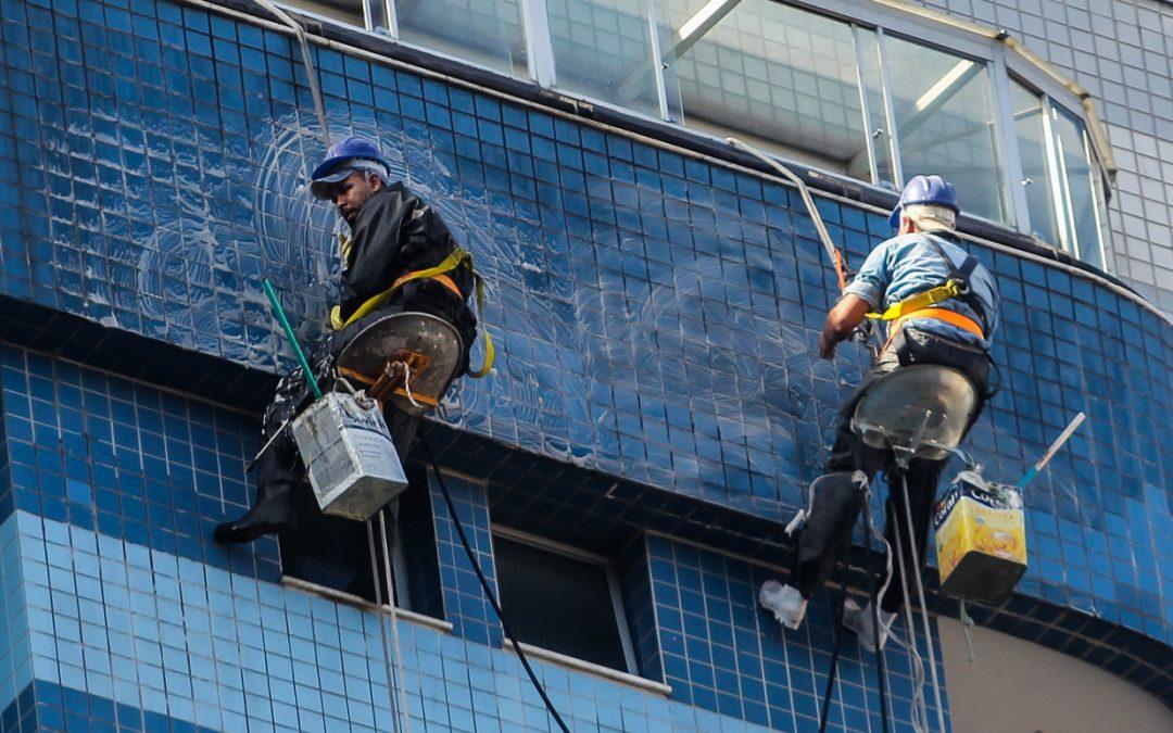 Como proteger o condomínio em obras de manutenção